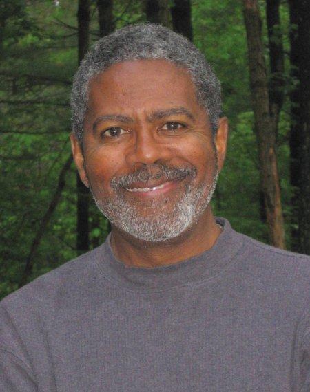 Dr. Edward Bynum headshot