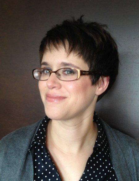 Helene Wecker headshot
